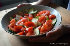 Caprese Salad, Fruit Salad, Cold Vegetable Salads, Raw Vegan, Ratatouille, Food Art, Food And Drink, Low Carb, Fresh