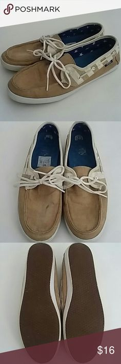 Vans Boat Shoes Tan Like Sperrys 9 Lace Flats Vans Boat Shoes Tan Like Sperrys 9 Lace Normal wear. One place on top of one shoe. Might come off. Please see photo 1. Little wear on tread. Vans Shoes Flats & Loafers
