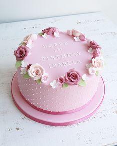 lemon mug cake Birthday Cake Roses, Pretty Birthday Cakes, Wedding Cake Roses, Birthday Cakes For Women, Happy Birthday Cakes, Pretty Cakes, Cakes Without Fondant, Fondant Cakes, Pink Rose Cake