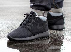 Nike Roshe Run Sneakerboots Black & Burgundy