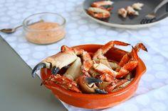 De Noordzeekrab is een delicatesse die dichtbij huis te vinden is. In deze special vertellen we hoe je deze bereidt en geven we het eerste recept.