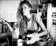 How Gisele Bündchen's Lifestyle Can Get You in Supermodel Shape