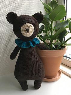 "Ravelry: Annalindbjerg's Little mr. Bear fra ""Little Happy Circus"""