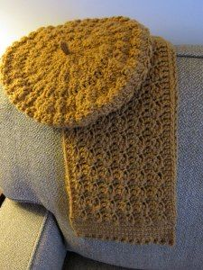 Silty Scarf and Beret free crochet pattern