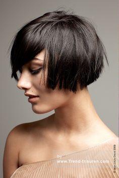 JEAN LOUIS DAVID Mittel Schwarz weiblich Gerade Freigestellte Choppy Layered Bob Französisch Frauen Haarschnitt Frisuren hairstyles