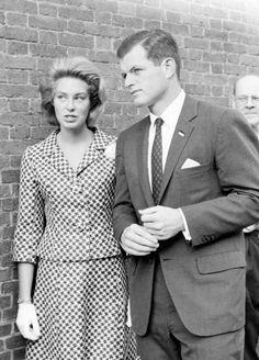Jack Is The Face of America Ted Kennedy, Jackie Kennedy, Step Kids, 3 Kids, Joan Bennett, John Fitzgerald, Greatest Presidents, Junior, Sweet Girls