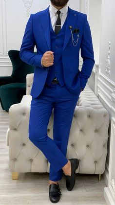 Suit Vest, Blazer Suit, Punjabi Salwar Suits, African Clothing For Men, Formal Suits, Beautiful Outfits, Beautiful Clothes, Black Suits, Blazers For Men