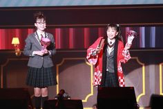 関西弁でのミニコントも板についてきた「購買部」。関西出身の吉田爽葉香(左)と、吉本新喜劇好きの有友緒心