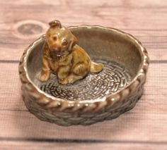 Wade England Whimsy Large Dog in Basket 3 inches Ring Dish or holder Germand Shepherd or mutt puppy dog Red Rose Tea by justbecauseshecan on Etsy