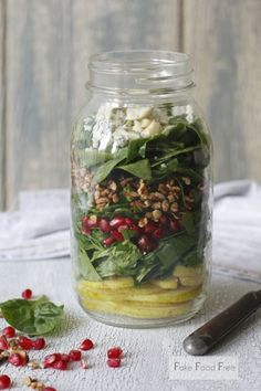 Pomegranate and Pear Mason Jar Salad | 19 Delicious Fall Salads