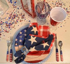 Patriotic Table Setting For Memorial Day & 4th of July-Warren Kimble  designed the plates & flatware