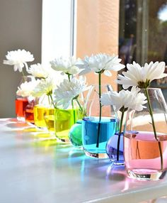 Rainbow Water Centerpiece, DIY Rainbow Party Decorating Ideas for Kids, http://hative.com/diy-rainbow-party-decorating-ideas-for-kids/,