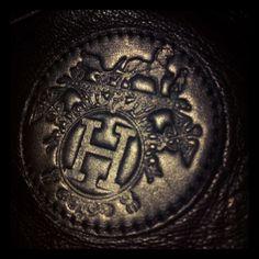H #Hermès