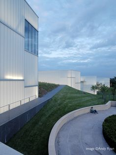 The Nelson-Atkins Museum of Art / Steven Holl Architects 1107777886_2006831nama--0383 – ArchDaily