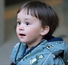 Cute Little Baby, Lil Baby, Little Babies, Cute Babies, Baby Kids, Bentley Wallpaper, Triplet Babies, Superman Kids, Korean Tv Shows