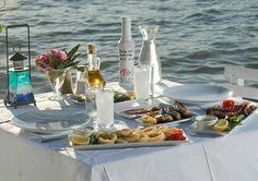 Ouzo! Gran obra griega! vía www.kulinar.bg  #food #foodie #yummy #like #drinks #greece #likeit