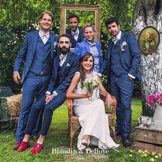Comment définir le style de votre mariage? Les costumes sur mesure pour vous et vos amis est un élément important pour le mariage chic et élégant. 🕴👍🏻. Merci pour votre choix 👌🏻