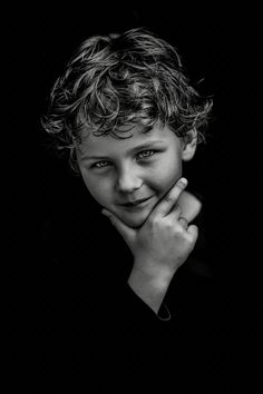 Wisdom… Portrait Photography blackandwhite boy - New Deko Sites Studio Family Portraits, Studio Portrait Photography, Photography Poses, Portrait Studio, Black And White Portraits, Black And White Photography, Kids Photography Boys, Classic Portraits, Fine Art Photo