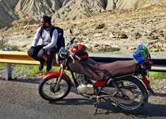 motorcycle camping sleeping bags Motorcycle Camping, Motorcycle Gloves, Mountain Climbing, Sleeping Bags, Touring, Hot Rods, Bike, Eyes, Motors