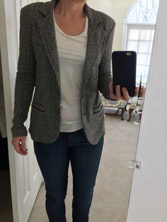 Love this knit blazer! Stitch Fix Tart Blithe Chevron Knit Blazer, Dark Grey. How To Wear Jeans, How To Wear Flannels, Stylish Office Wear, Blazer Outfits, Casual Blazer, Stitch Fix Outfits, Knit Blazer, Stitch Fix Stylist, Work Wear