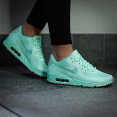 new styles 4a031 9b042 Nike Air Max Womens