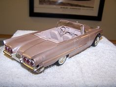 1960 Ford Thunderbird Convertible Promo Model Car (Springdale Rose)