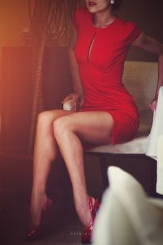 In this article, you can check out some Girls in Sexy red dresses with give to the exact idea that which dress will suits your body best. The color red is Red Fashion, Cute Fashion, Fashion Beauty, Womens Fashion, Fashion Glamour, Fall Fashion, Fashion Models, Fashion Brands, Grunge