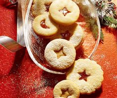 Delicate Butter Cookies filled with your favorite jam Christmas Biscuits, Christmas Baking, No Bake Cookies, Christmas Cookies, Biscotti, Swiss Recipes, Baking Party, Meringue Cookies, Energy Snacks