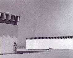 Bodegas Garvey-Jerez de Fra Miquel Fisac Monumental Architecture, Landscape Architecture, Architecture Design, Roof Edge, Ravenna, Built Environment, Photomontage, Facade, Spain