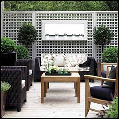 Outdoor entertainment areas are a must in every house. This one looks sophisticated, organised and simple. See what our consultants can do to help you.