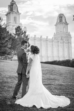 Beautifully Dunn Photography Utah Wedding Photography LDS wedding photography  Manti Temple Fall Wedding