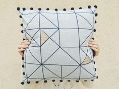 DIY geometic pillow — Julie Robert