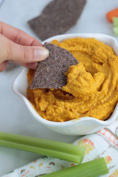 This no bean hummus is a wonderful paleo, vegan, and whole30 Super Bowl snack!