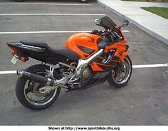 2000 Honda CBR 600 F4. Polished frame and sub-frame