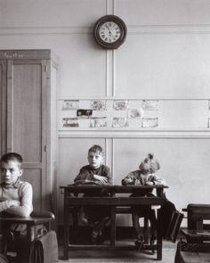 La Pendule, Paris, c.1957  Robert Doisneau