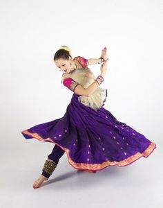 KATHAK the gem!  #Kathak is one of the eight #IndianClassicalDance forms. This dance form traces its origins to the nomadic bards of ancient northern India, known as 'Kathakars' or storytellers. It today contains traces of temple and ritual dances.   From the 16th century on wards it absorbed certain features of Persian dance and Central Asian dance which were imported by the royal courts of the Mughal era.