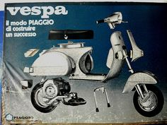 everyone looks duper on a vespa >> Brought to you by the fine gentlemen a Lovli Px 125 Vespa, Vespa P200e, Piaggio Vespa, Lambretta Scooter, Vespa Scooters, Sidecar, Vespa Illustration, Moped Motorcycle, Engine Working