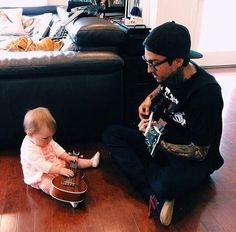 Tony Perry. This is the cutest thing I have EVER seen!