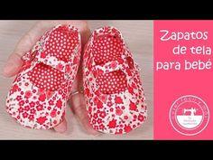 Zapatos de tela para bebé (con patrones) - YouTube Dressmaking, Keds, Diy Clothes, Crochet Bikini, Baby Gifts, Flip Flops, Sewing Projects, Baby Shoes, Sandals