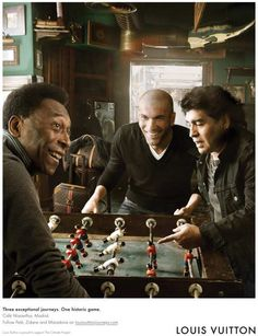 Pele, Diego Maradona & Zinedine Zidane by Annie Leibovitz for Louis Vuitton Football Is Life, World Football, Football Soccer, Zinedine Zidane, Soccer Stars, Sports Stars, Diego Armando, Sports Personality, Annie Leibovitz