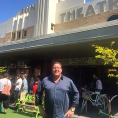 Thanks to the awesome Shane Jacobson for coming and hanging out with us this morning.  ODDBALL is now showing and we are loving it.  #shanejacobson #oddball #suntheatre #yarraville #movies #warrnambool #penguins #cutedog @roadshowfilms by suntheatre