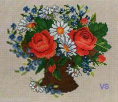Ellen Maurer-Stroh Counted #crossstitch Roses and Daisies #chart #DIY #crafts #decor #needlework #crossstitching
