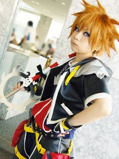 Some of the best damn cosplay i have seen in a while. Cosplay Boy, Cosplay Outfits, Cosplay Costumes, Anime Cosplay, Kingdom Hearts Cosplay, Sora Kingdom Hearts, Amazing Cosplay, Best Cosplay, Video Game Cosplay