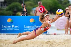 FIVB Porec: Three American men's pairs remain in tournament Beach Volleyball Girls, Women Volleyball, Gymnastics Girls, Volleyball Photography, Athletic Models, Female Volleyball Players, Men Beach, Sport Girl, Female Athletes