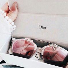 Lunette Dior, Lunette Soleil, Choisir Ses Lunettes, Lunettes De Soleil Yeux  De Chat fbd7fbce937b