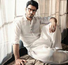 Fawad Khan Beard, Fashion Line, Mens Fashion, Pathani Kurta, Mens Kurta Designs, Man Photography, Indian Man, Stylish Boys, Pakistani Actress