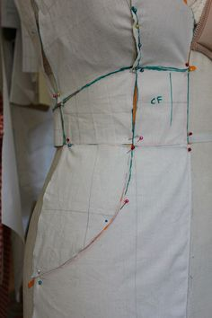Draping My Mad Men Dress: Draping Tips - Sew Country Chick
