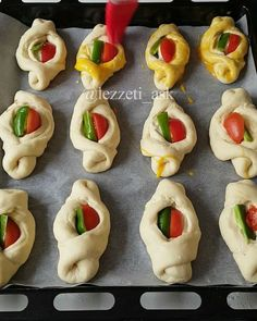 Pasta Cake, Food Art, Natural Health, Sushi, Bakery, Food And Drink, Appetizers, Pizza, Yummy Food