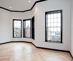 Black molding for all throughout the interior, with black doors. Black Window Trims, Black Windows, Black Doors, Black Crown Moldings, Black Molding, Black Trim Interior, Black Baseboards, Dark Trim, White Trim