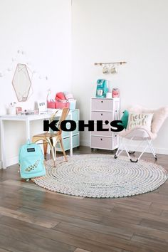 Help your college kid rise and shine with mom-approved picks for the morning rush. Make that dorm feel like home with a coffee station for quick perk ups, fluffy towels stowed in cute storage baskets, a caddy for hair essentials and the perfect backpack for whatever the day may bring. Create a dorm sweet home with Kohl's.